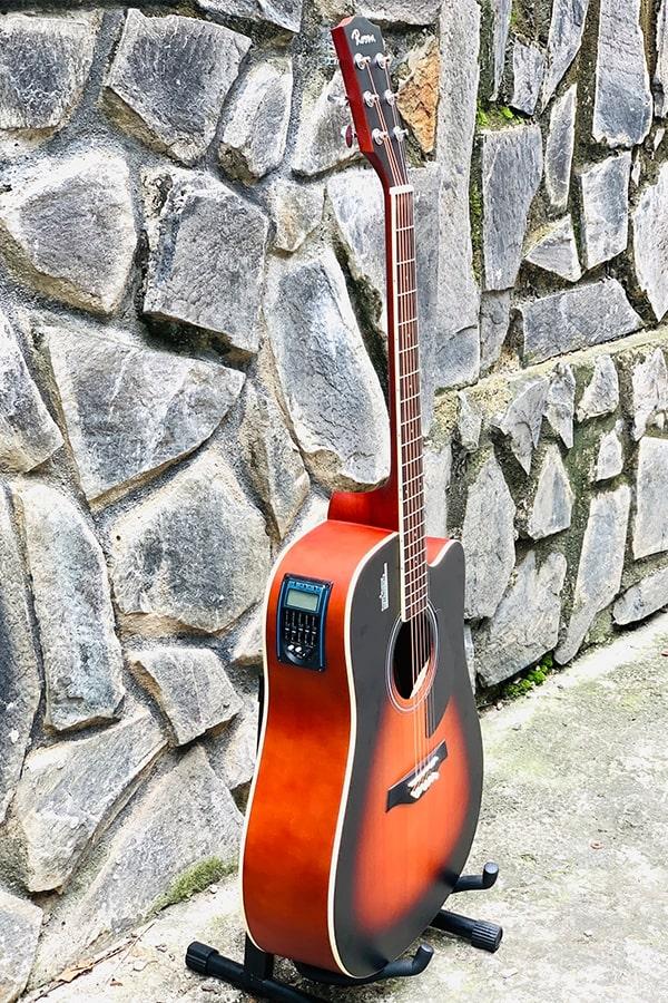 guitar lắp sẵn eq ra loa