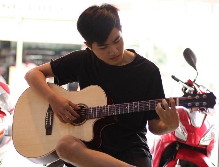 dạy đàn guitar
