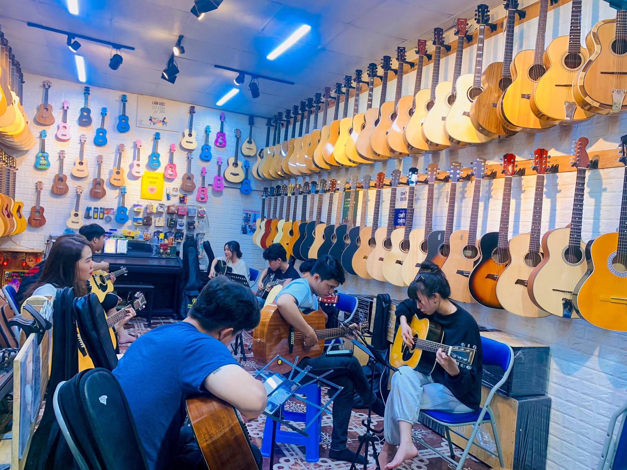 Lớp Dạy Đàn Guitar Tại Biên Hòa Đồng Nai